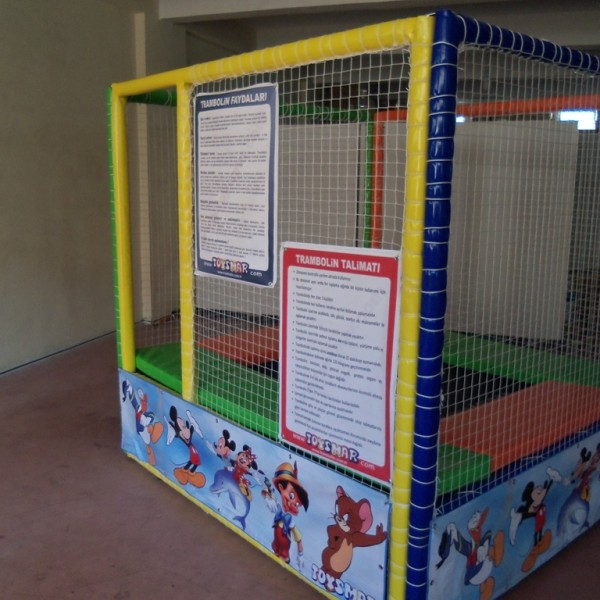 MİNİ TRAMBOLİN 200X200X200 TOYSMAR (28) (Copy)